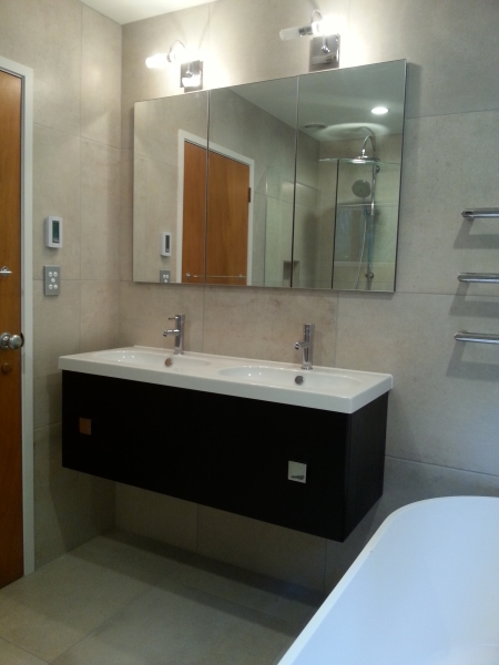 Stunning Bathroom Renovations - Custom Built Stress Free - Realistic Quotes for your Renovation ...